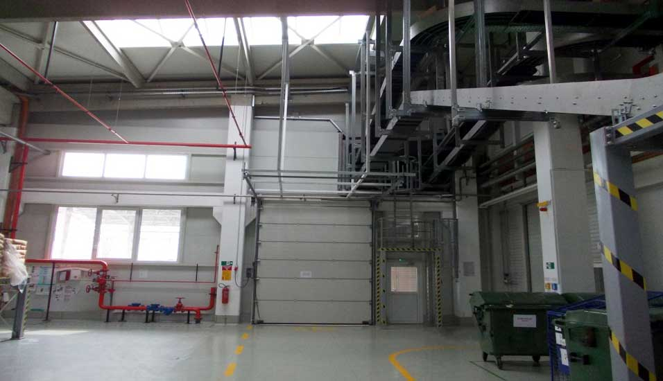 HENKEL - Drive packing with warehouse